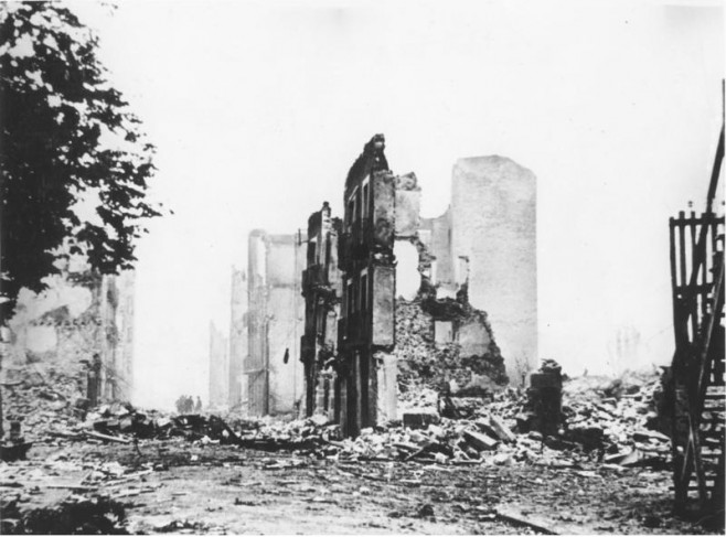 Die Folgen des spanischen Bürgerkriegs: Die Ruinen von Guernica (Foto: Bundesarchiv @ Wikipedia.org)